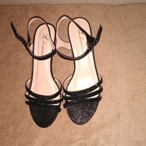 Lorraine Berkly Dressy Black Shoes